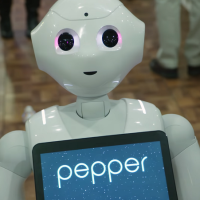 Servicio emocional, a donde un robot no llega